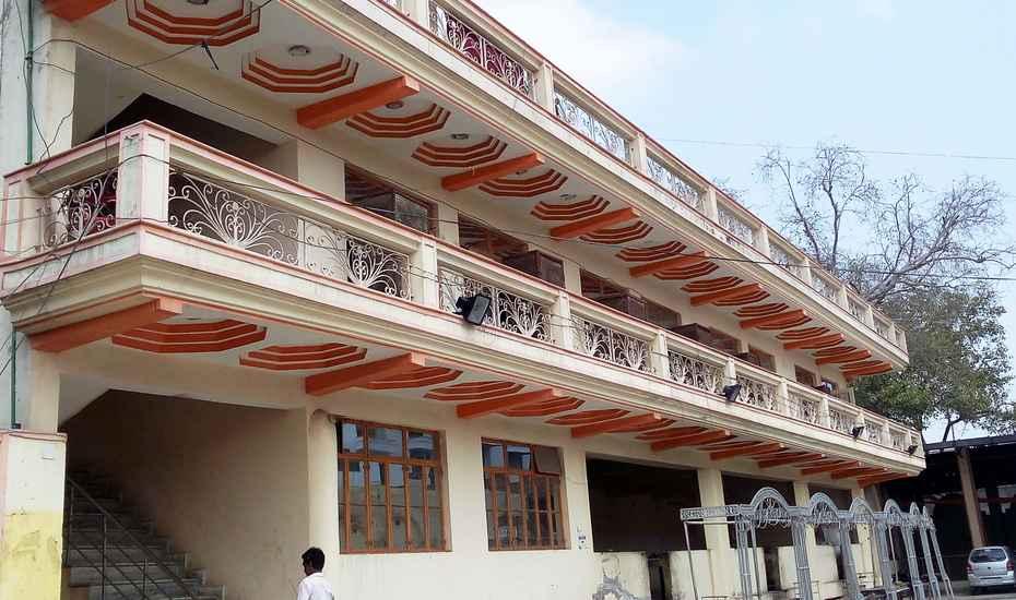 Aman Hotel Firozabad